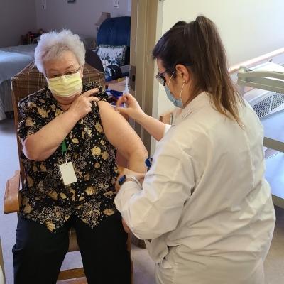 Première phase de vaccination effectuée à la Maison Jésus-Marie