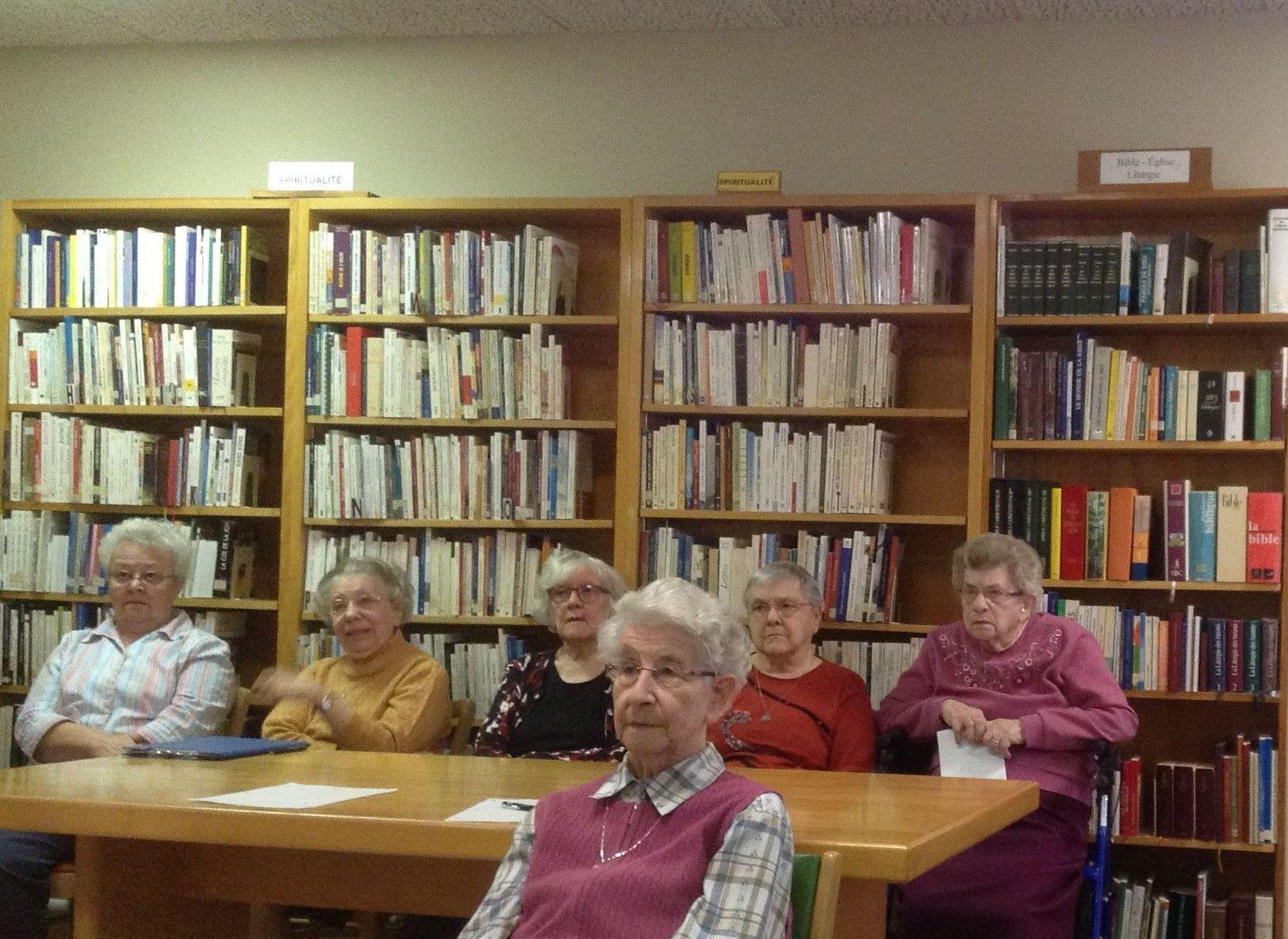 Voyager par les livres avec le club de lecture
